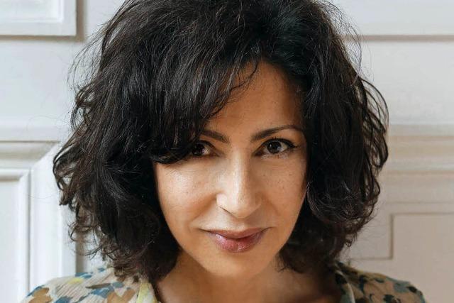 Yasmina Rezas neuer Roman – und wie ein Frühlingsfest im Verbrechen endet