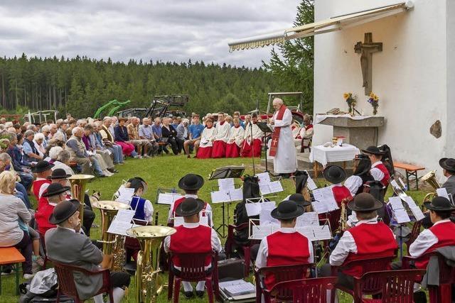 Fahrzeugsegnung beim St. Cyriakus-Fest