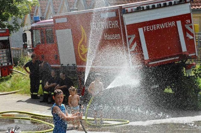 Wilde Wasserschlachten bei der Hausener Feuerwehr