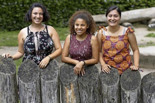 Drei junge Frauen aus Ecuador blicken auf ihr Jahr in Freiburger Kitas zurück