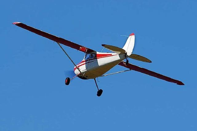 Kleinflugzeug stürzt bei Konstanz in den Bodensee – beide Insassen sterben