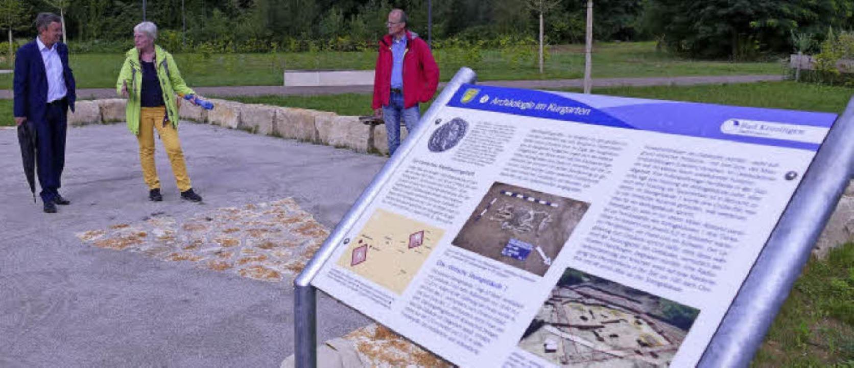 Christel Bücker von der Archäologie-We...gie-Parks selbst aktiv werden können.   | Foto: Susanne Müller