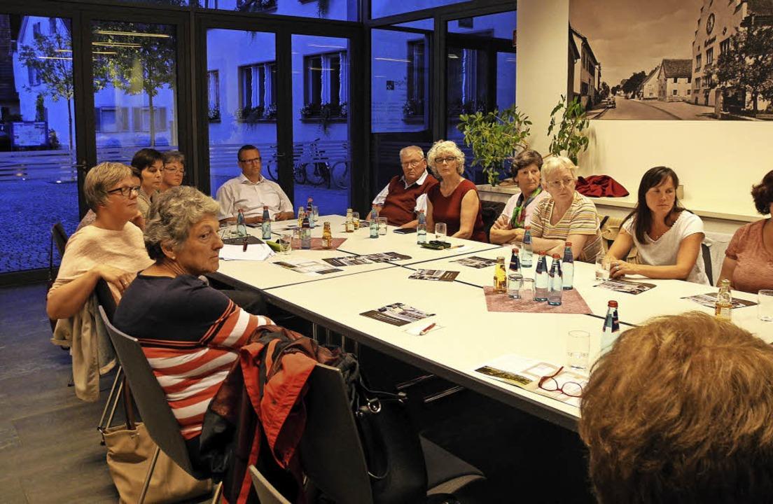 Es gab einiges Interesse an ehrenamtli...n der ambulanten Pflege in Buggingen.     Foto: Sigrid Umiger
