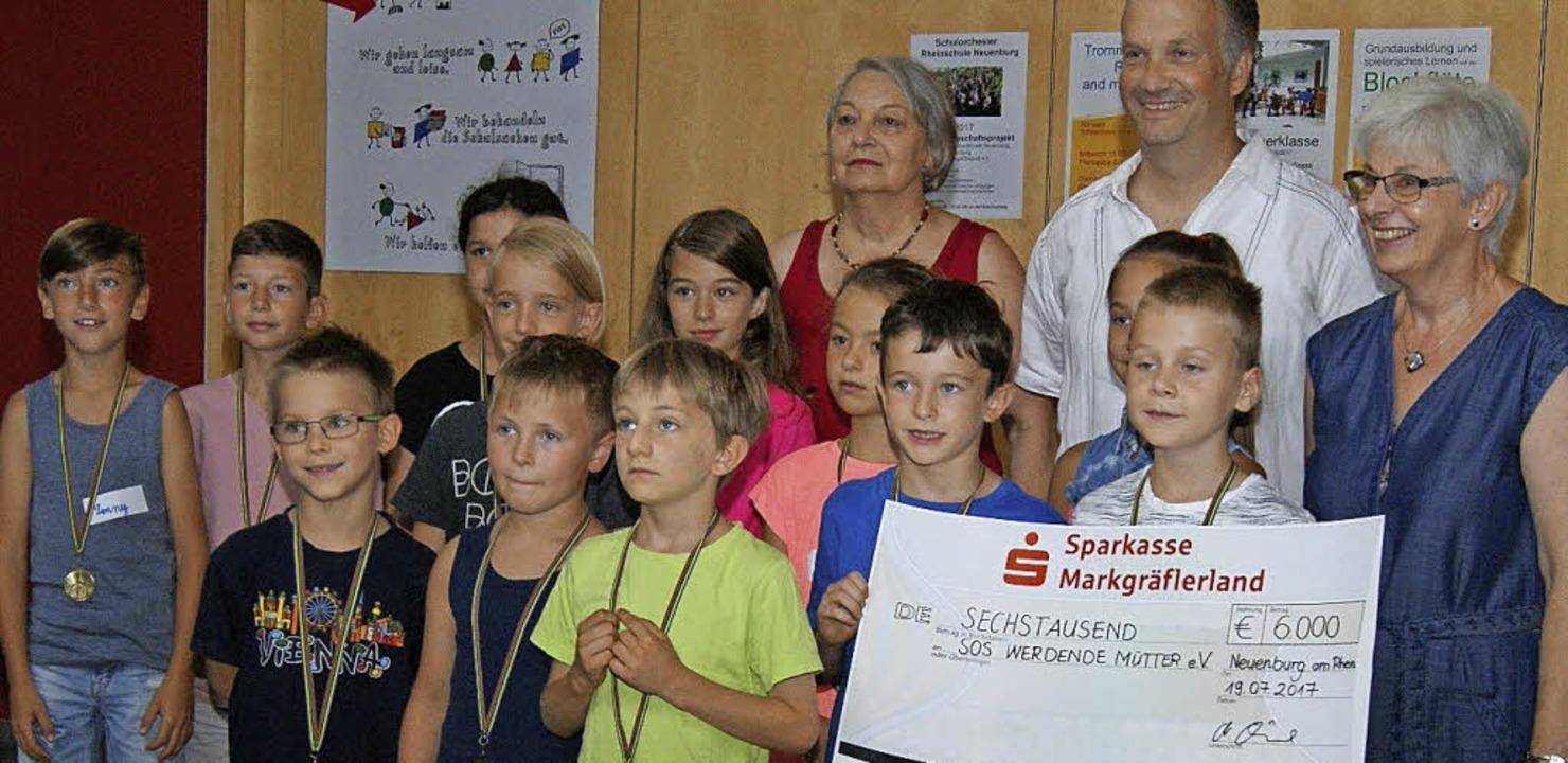 Der Erlös des Sponsorenlaufs geht an d...örderverein der Rheinschule Neuenburg.    Foto: privat