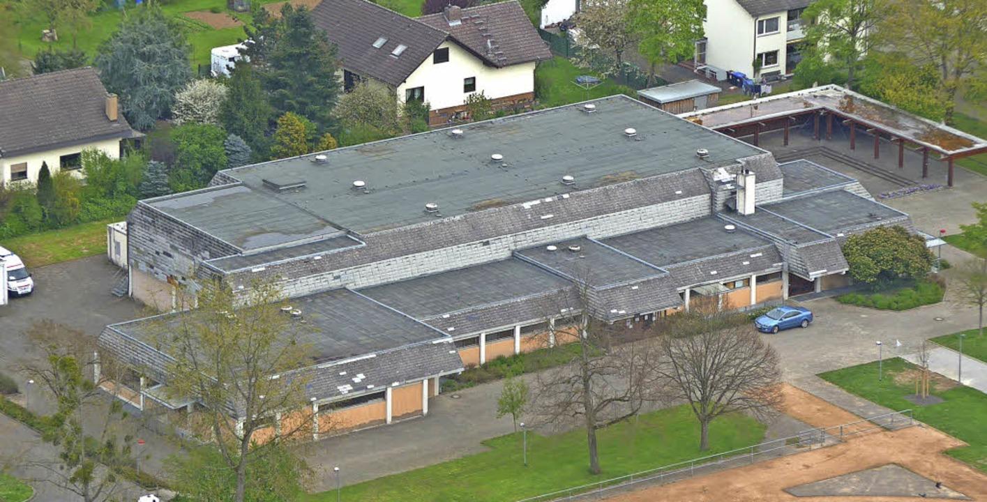 Beispiele für Baumaßnahmen: An der Sch...eht es um die Beton- und Dachsanierung  | Foto: Daniel Gramespacher