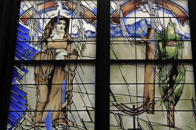 Im Münster erinnert ein Fenster an Edith Stein