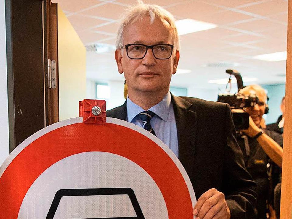 Jürgen Resch bei der Arbeit    Foto: DPA