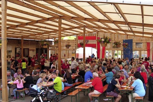 Biederbach feiert drei Tage