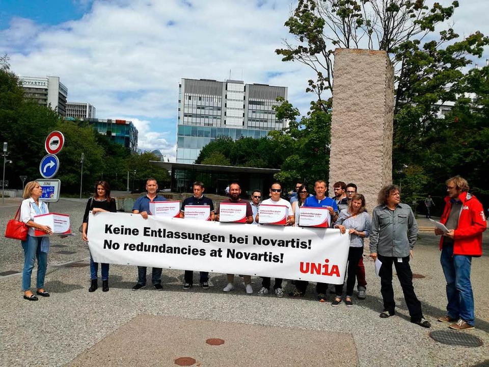 Gewerkschaft und Novartis-Beschäftigte...ten 500 Entlassungen nicht schlucken.   | Foto: Baas/ZVG