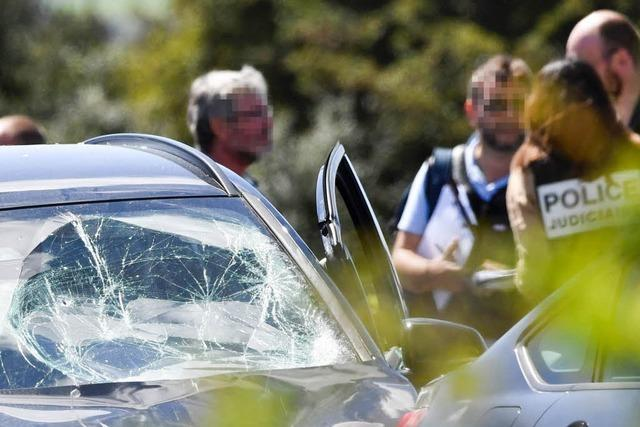 Sechs Verletzte bei Autoattacke nahe Paris