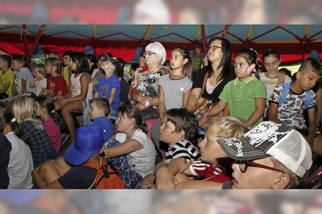 Kinder entwickeln Showprogramm in Eigenregie
