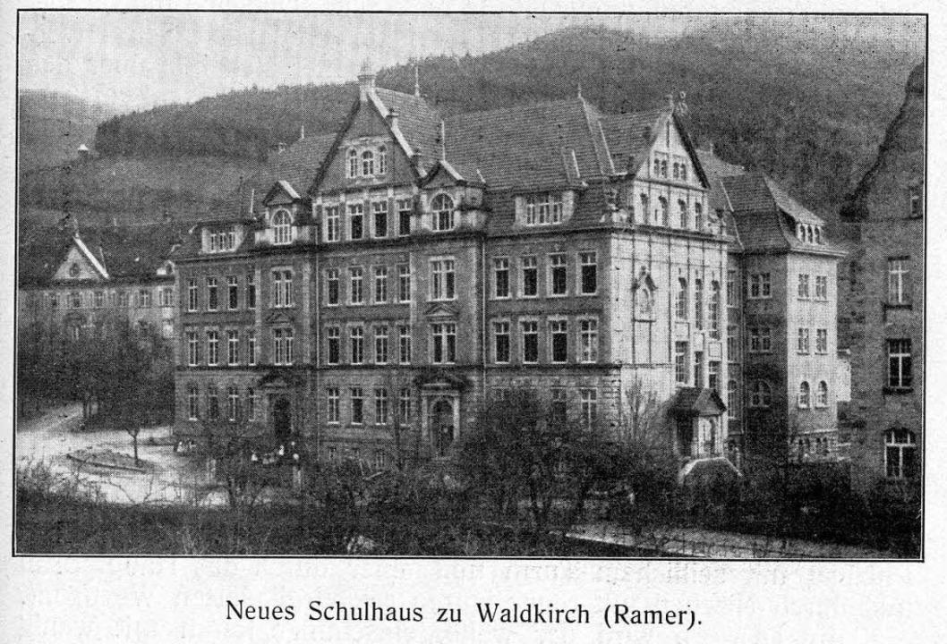 Historische Aufnahme der Schwarzenbergschule in Waldkirch   | Foto: privat/Elztalmuseum