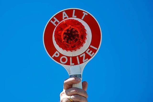 Street Parade in Zürich: Polizei stoppt einige Fahrer an der Schweizer Grenze