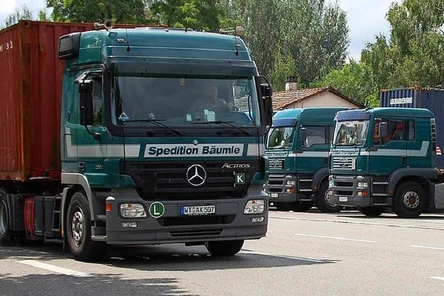 Spediteure in Weil am Rhein weichen auf die Straße aus
