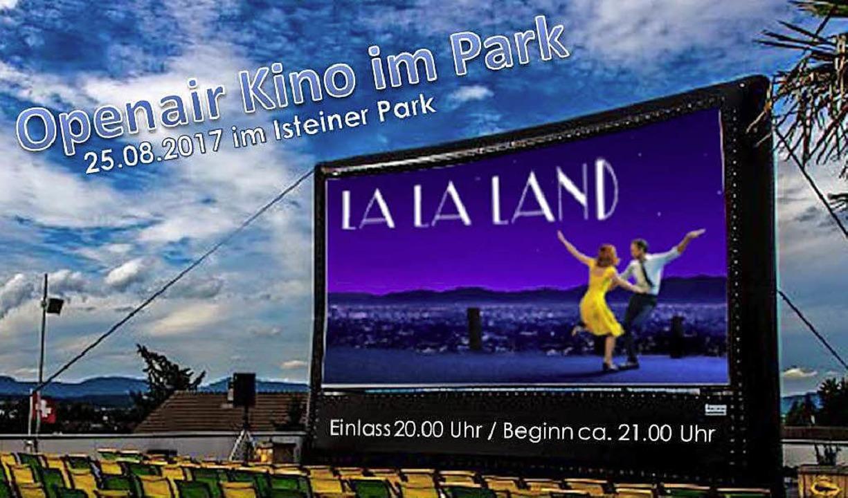 Das Plakat kündigt es an: Am 25. August ist Open-Air-Kino in Istein.    Foto: Victoria Langelott