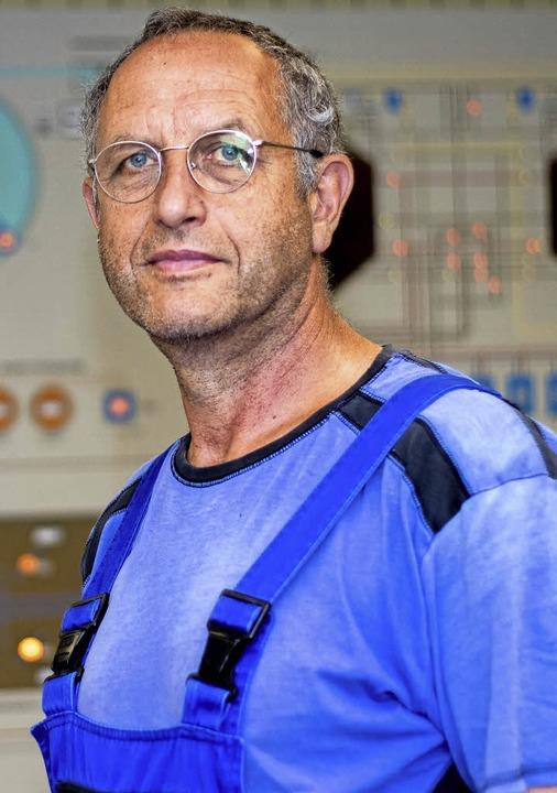 Klaus Buntru am Arbeitsplatz  | Foto:  Peter Rosa