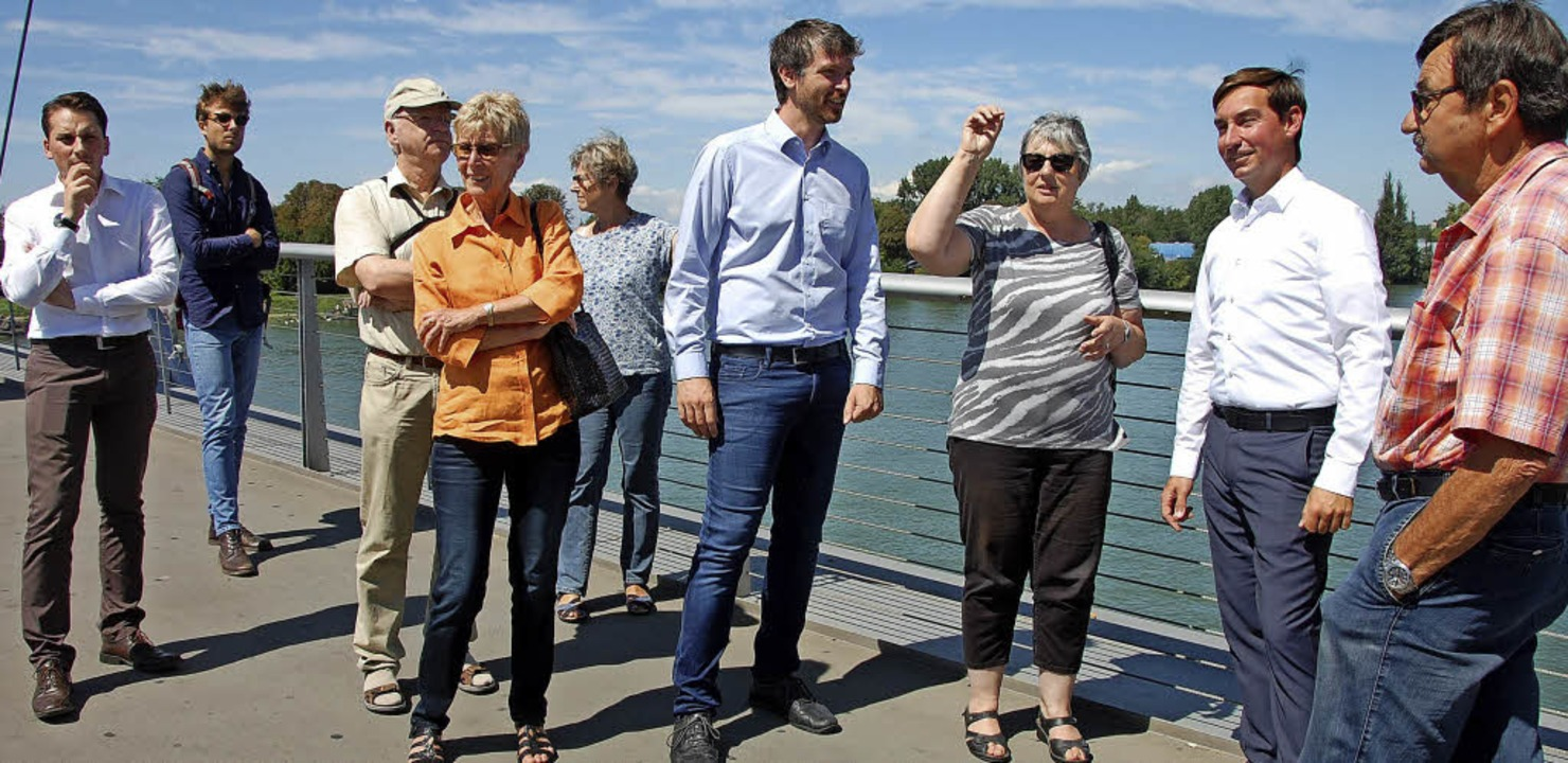 Brigitte Pantze (Dritte von rechts) un...e die Gegebenheiten im Dreiländereck.   | Foto: Frey