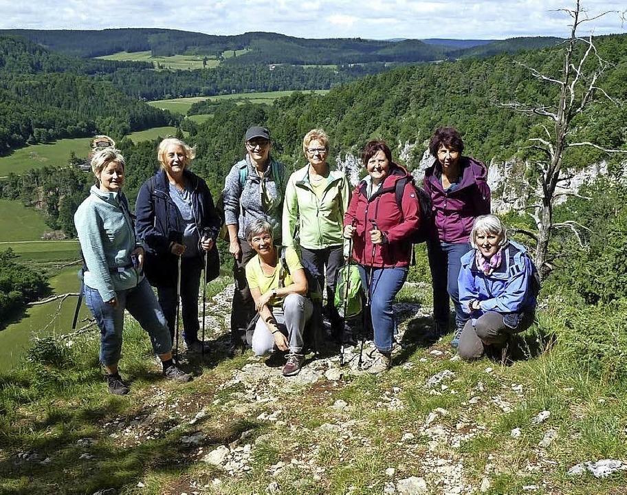 Acht Landfrauen aus Blumegg wanderten ...eindruckenden Wandertouren war Beuron.  | Foto: Gertrud Rittner