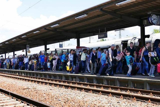 Praxistest auf der Rheintalstrecke: Reisen trotz Gleissperrung