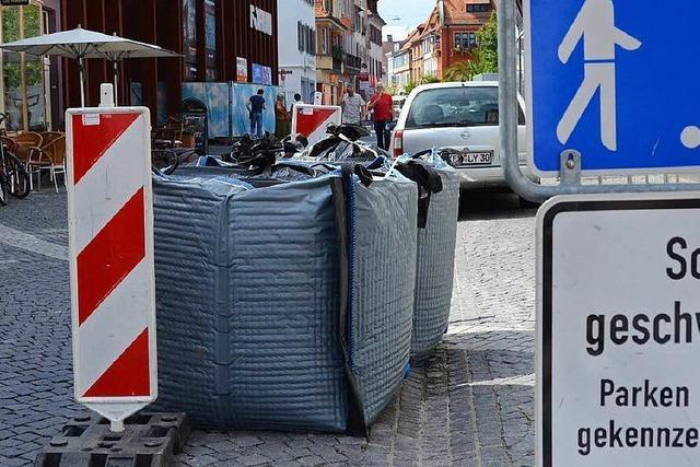 Wassersäcke sollen statt Betonblocks als Anti-Terror-Sperre dienen