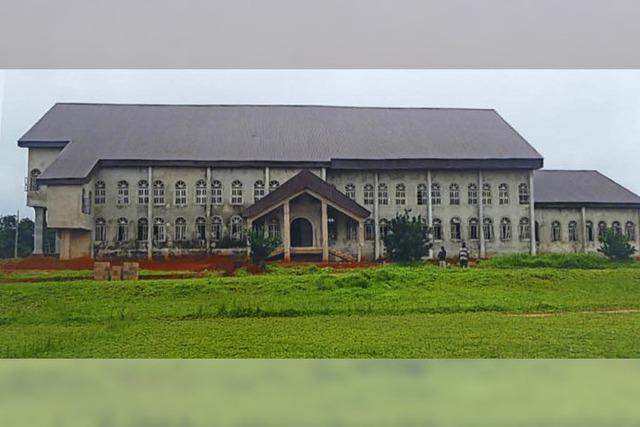 Kirchenbau ist fast vollendet