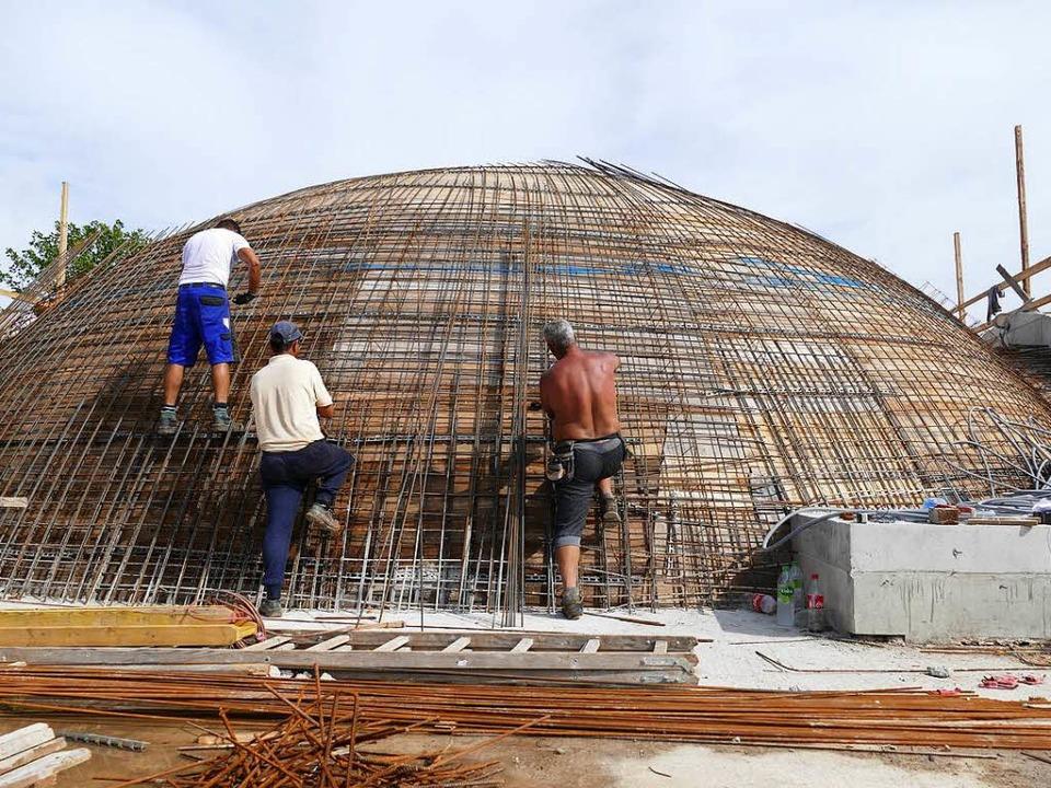 Die Kuppel nimmt Form am – ein wichtiges Etappenziel ist somit erreicht.    Foto: Mark Alexander