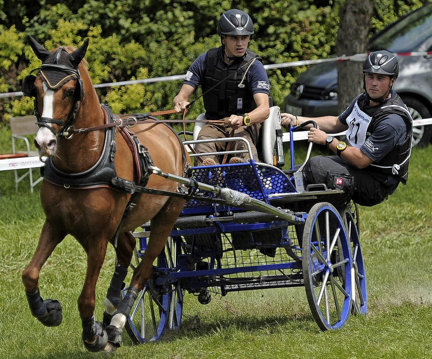 Ein Foto aus Ottenheim: Fabian Gänshir...Pony David, Philipp Faißt assistiert.   | Foto:  Bettina Schaller