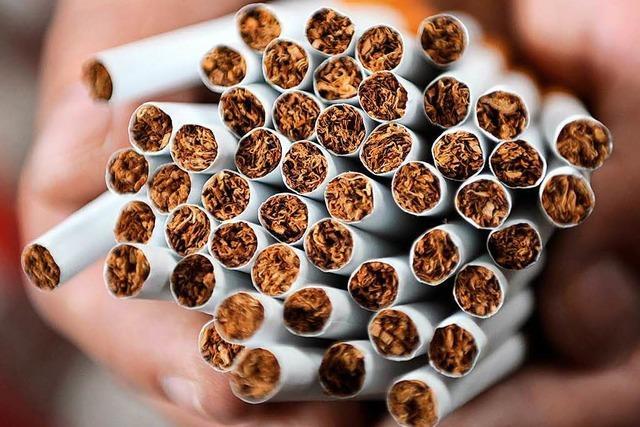 Zoll findet bei Weil am Rhein 14.000 gefälschte Zigaretten