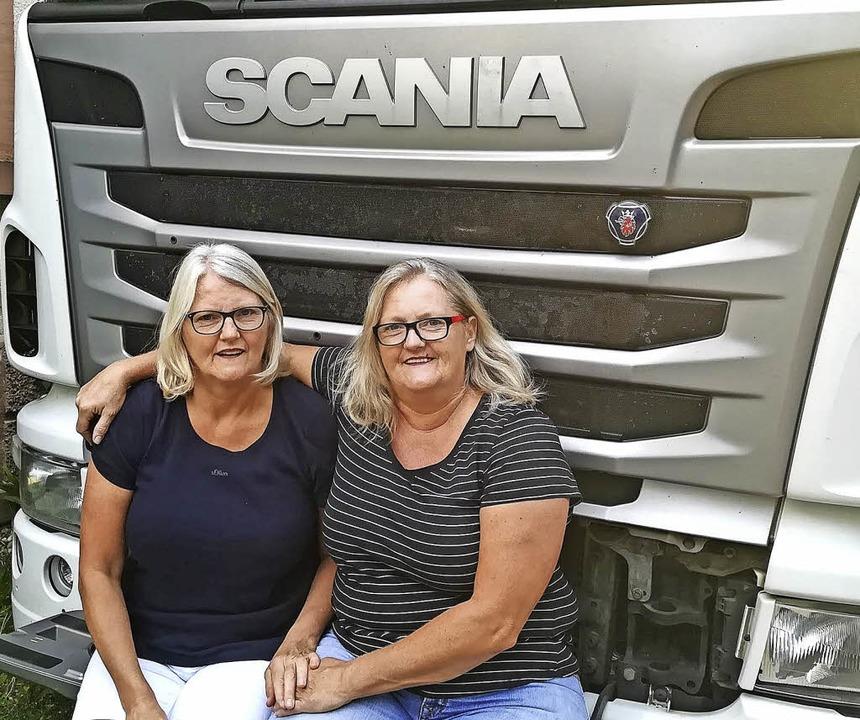 Verena Künne  (rechts) und ihre Zwillingsschwester Dagmar Rombach.   | Foto: Fehrenbach