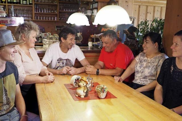 14 Uhr: Rast auf der Baldenweger Hütte am Feldberg