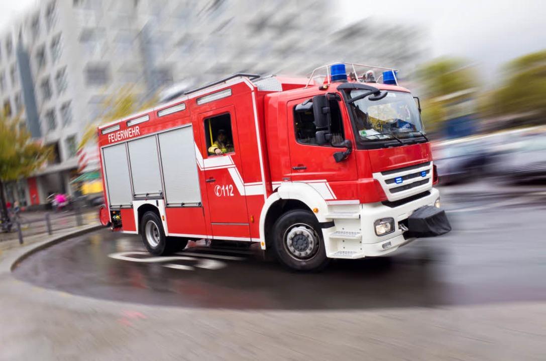 Brand in der Firma Rhodia: Die Feuerwe...le. Giftstoffe sind keine ausgetreten.  | Foto: Eyetronic (Fotolia)