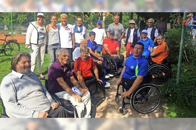Überraschungsbesuch von Wolfgang Schäuble beim Rollstuhl-Tennis
