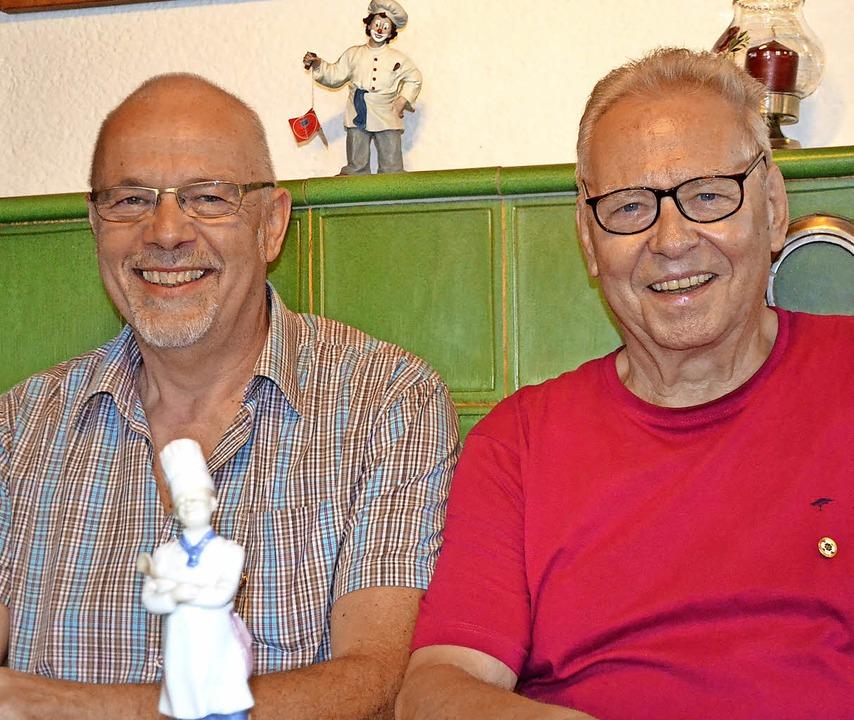 Paul Bombardi (links) und Hans Heim wu...reue zum Berufsverband ausgezeichnet.     Foto: Liane Schilling