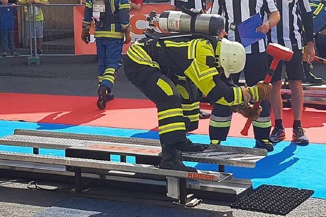 Feuerwehrleute aus Zell starten bei der Firefighter Combat Challenge