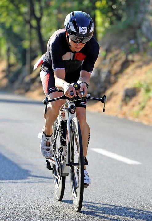 Fast vier Kilometer Schwimmen, 180 Kil... Marathon laufen: Das ist der Ironman.    Foto: www.finisherpix.com/Schuler/ Privat