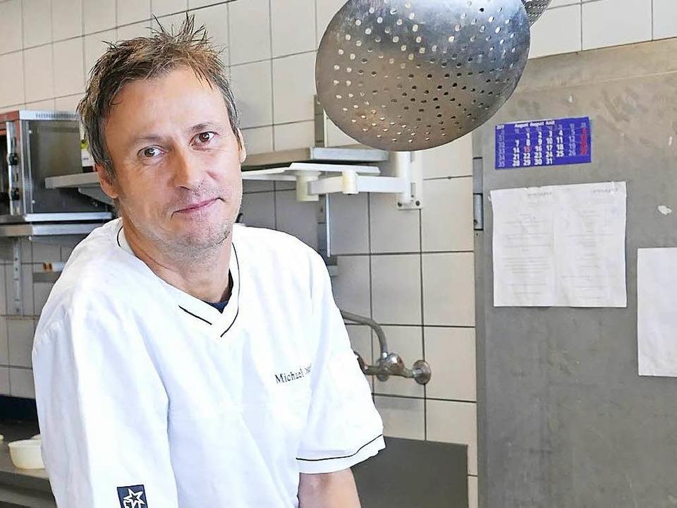 Koch Michael Rosskopf hört als Betreiber des Burghof-Restaurants auf.     Foto: Peter Gerigk