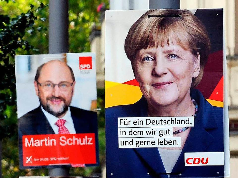 Nicht nur auf dem Plakat, sondern auch... Martin Schulz treten in Freiburg auf.    Foto: dpa