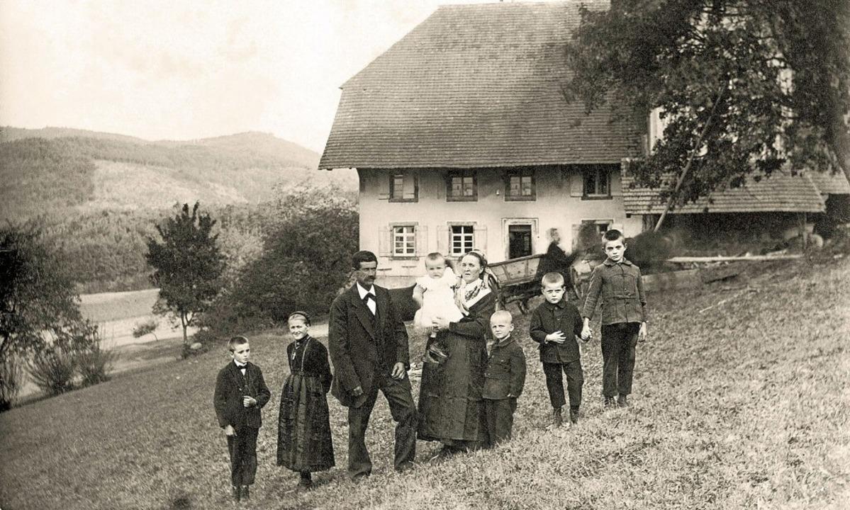 Die Familie Glatz zu Beginn des 20. Ja...), Josef, Franz und Emil (von links).   | Foto: Repro: Walter Vetterer