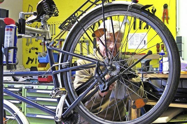 Fahrradwerkstatt schließt – und hofft
