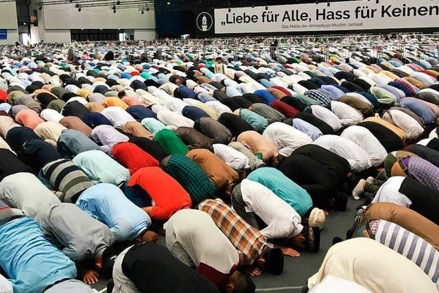 45.000 Muslime bei Jahresversammlung in Karlsruhe