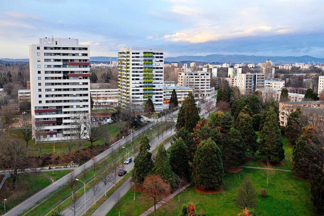 Unser Foto zeigt sanierte Hochhäuser d...  im Sanierungsgebiet Weingarten-West.  | Foto: Thomas Kunz