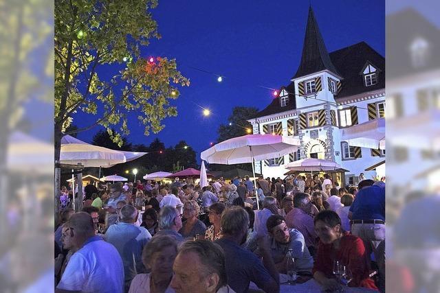 Weingenuss im Schlosspark