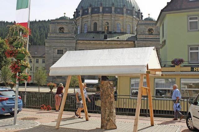 Holzbildhauersymposium startet heute um 10 Uhr