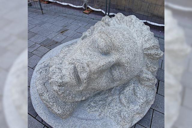 Segen für die umstrittene Skulptur