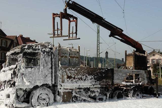 Bahnstrecke nach Lkw-Crash in Steinen wieder frei