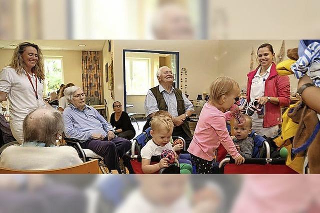 Kinder aus dem Kurgarten besuchen Theresienklinik
