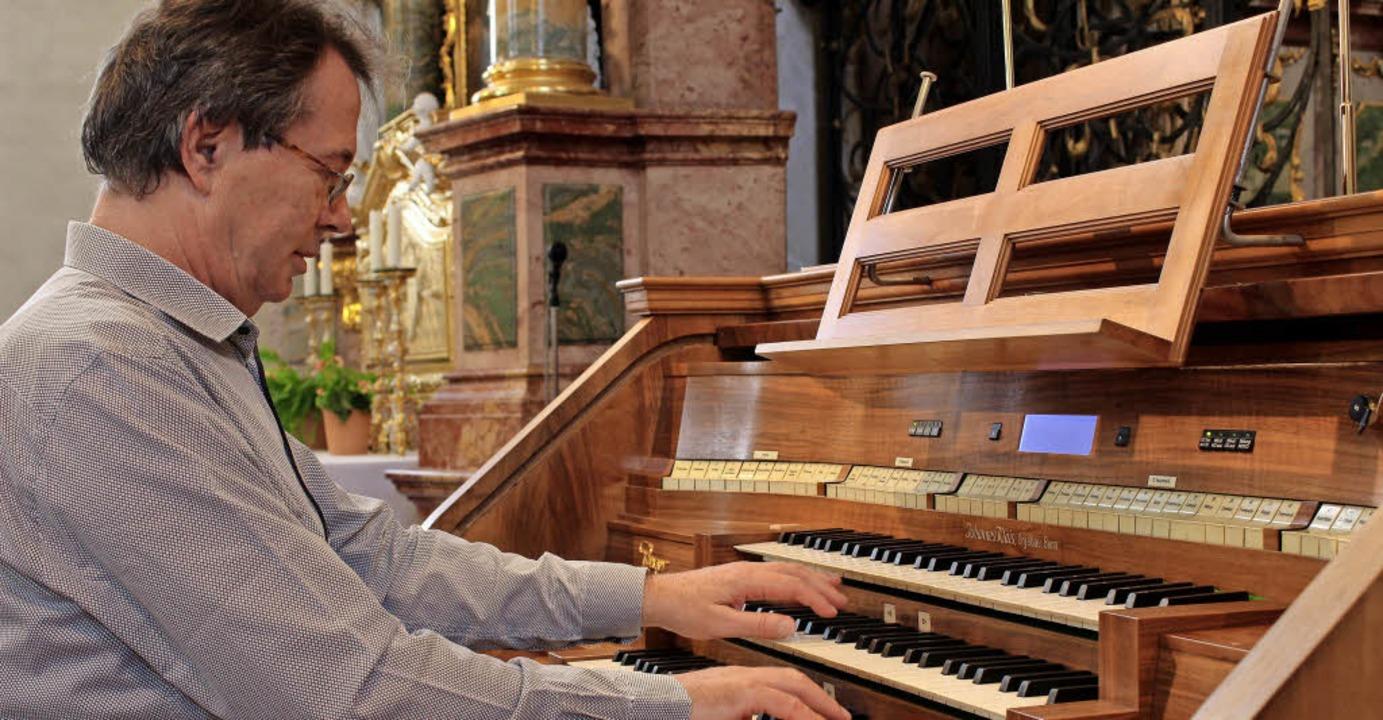 Willibald Guggenmoos bot in St. Peter   moderne  Orgelmusik.     Foto: E. Krieger