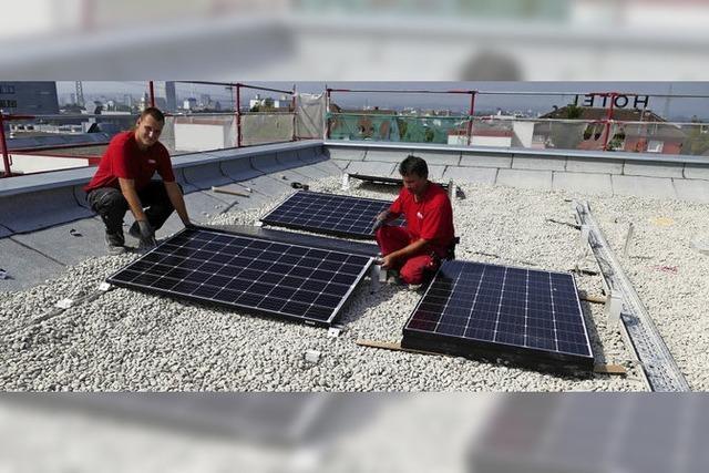 Montage der Solaranlage beginnt