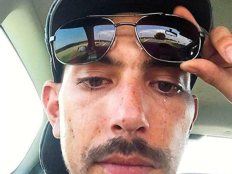 Immer wieder: Selfies mit Tränen.  | Foto: Justin Flores