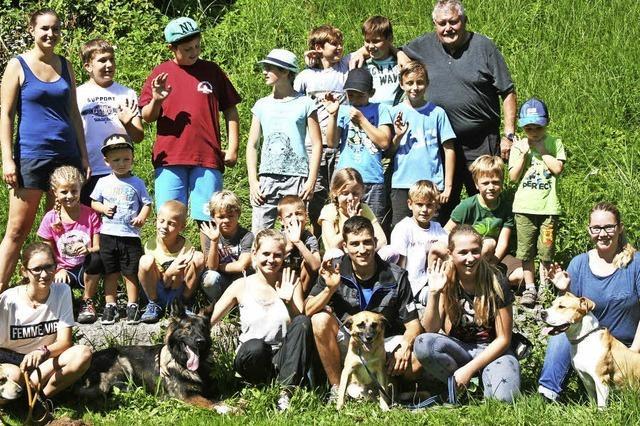 Unterhaltsames Reinschnuppern in den Hundesport